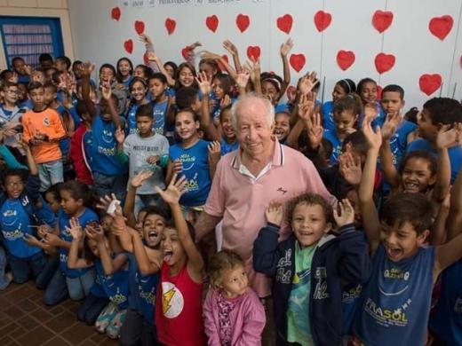 Homenagem ao nosso Presidente Padre João Ripoli